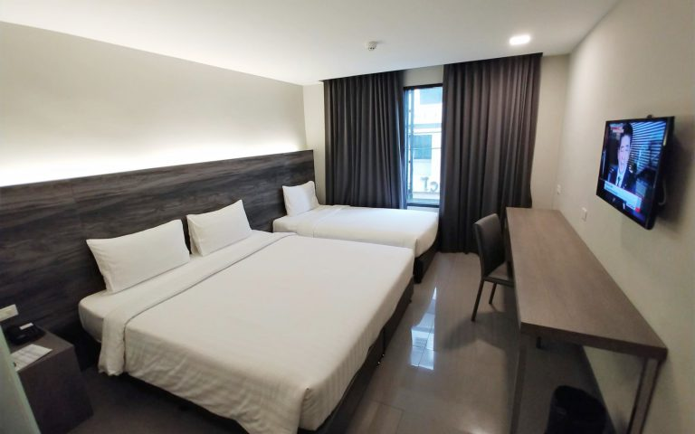 Triple Deluxe Room